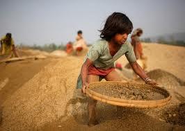 Tội vi phạm quy định về sử dụng lao động trẻ  em