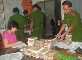 Tư vấn về tội tàng trữ vận chuyển mua bán trái phép hoặc chiếm đoạt chất ma túy