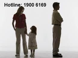 Có được ly hôn khi vợ đang nuôi con 10 tháng tuổi?