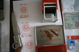 Tội làm giả con dấu tài liệu của cơ quan tổ chức theo quy định thế nào?