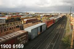 Tội vi phạm quy định về điều khiển phương tiện giao thông đường sắt