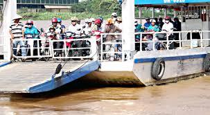 Tội đưa vào sử dụng các phương tiện giao thông đường thuỷ không bảo đảm an toàn