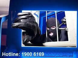 Tội truy cập bất hợp pháp vào mạng máy tính, mạng viễn thông hoặc thiết bị số của người khác