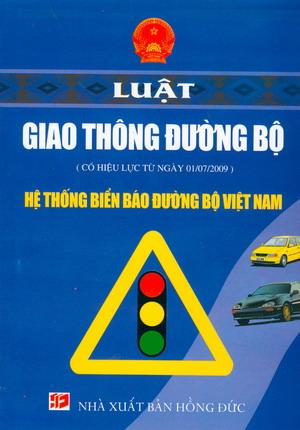 Mức phạt đối với máy kéo, xe máy chuyên dùng vi phạm quy tắc giao thông đường bộ