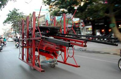 Xử phạt người điều khiển máy kéo, xe máy chuyên dùng vi phạm khi tham gia giao thông