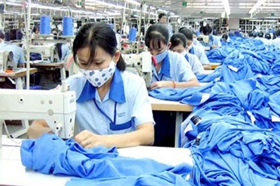 Xử phạt vi phạm quy định về sử dụng lao động nữ
