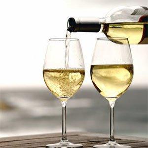 Quy định pháp luật về quảng cáo rượu?