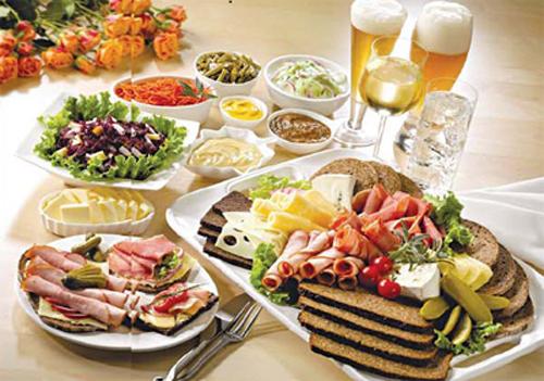 Đăng ký mã ngành kinh doanh dịch vụ ăn uống