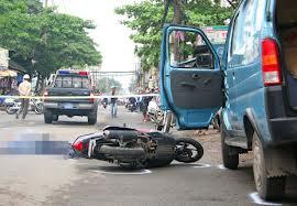 Dừng đỗ xe ô tô gây tai nạn xử lý thế nào?