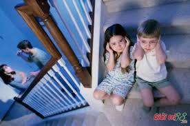 Ly hôn mẹ muốn giành quyền nuôi con phải làm thế nào?