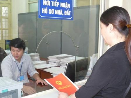 Thủ tục đăng ký tài sản gắn liền với đất vào giấy chứng nhận đã cấp