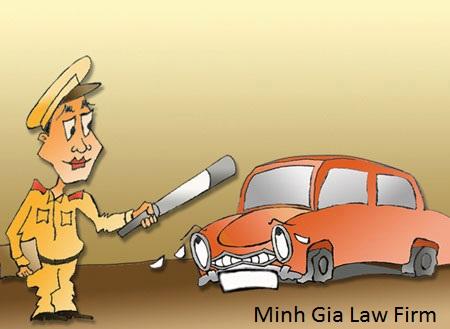 Bị tạm giữ phương tiện do vi phạm luật giao thông đường bộ.