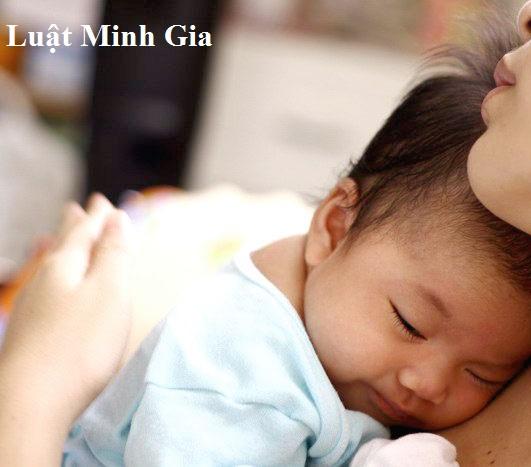 Tư vấn về hưởng chế độ nghỉ dưỡng sức sau khi sinh con
