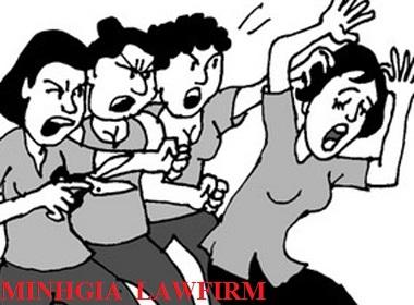 Hành vi đánh ghen sẽ bị xử lý thế nào theo quy định của pháp luật?