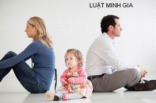 Hỏi về chia tài sản và nghĩa vụ cấp dưỡng cho con khi ly hôn