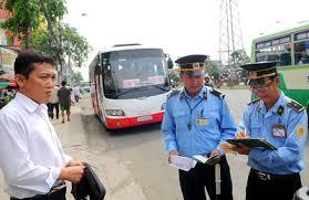 Thanh tra giao thông có được dừng xe và kiểm tra giấy tờ?
