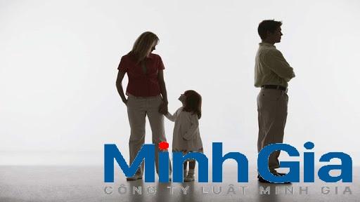 Khi ly hôn quyền nuôi con thuộc về ai?