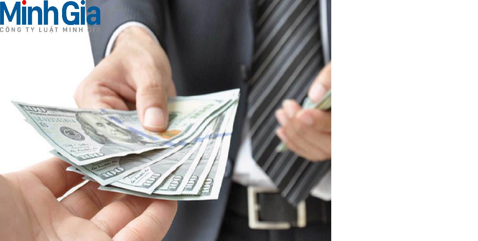 Cho bạn mượn tài khoản ngân hàng để nhận tiền có phải trả nợ thay bạn?