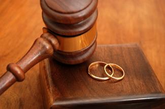 Quyền nuôi con theo quy định Luật hôn nhân và gia đình 2014