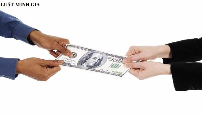 Vợ vay nợ trước hôn nhân, chồng có phải trả nợ không?