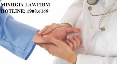 Chế độ của người lao động khi con ốm đau theo Luật bảo hiểm xã hội 2006