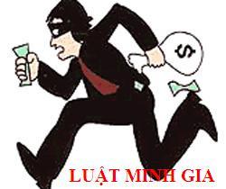 Hình phạt đối với người chưa thành niên phạm tội trộm cắp tài sản