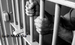 Quy định thăm gặp người bị tạm giam, tạm giữ và tội cưỡng đoạt tài sản