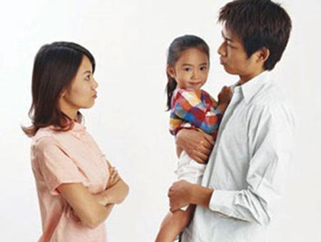 Tư vấn về quyền, nghĩa vụ thăm nom con sau khi đã ly hôn