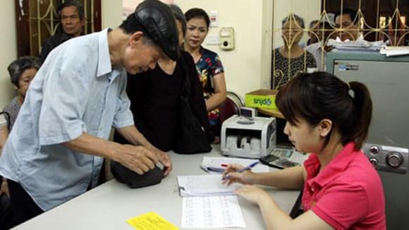 Tư vấn về chế độ lương hưu nghỉ trước tuổi