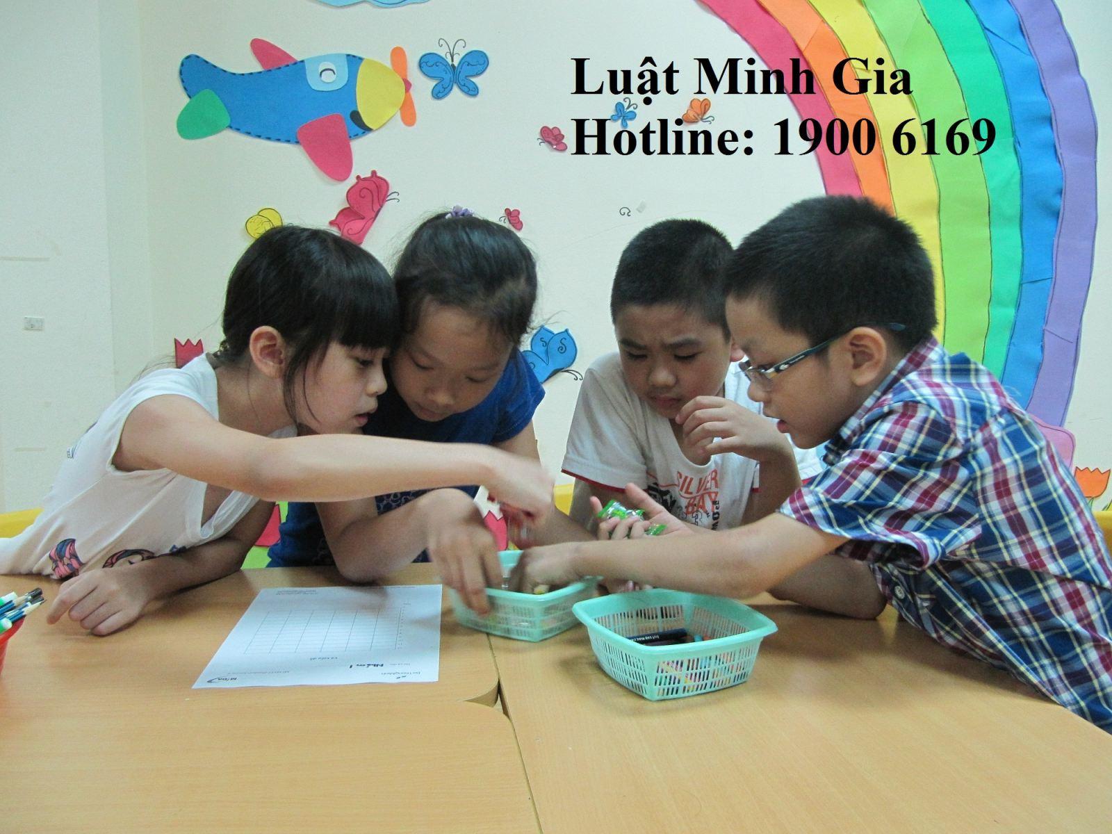 Người Việt Nam định cư nước ngoài nhận con?