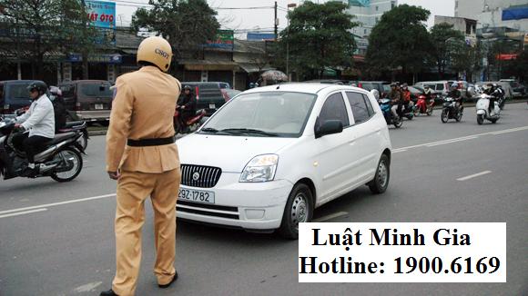 Mức xử phạt hành chính khi ô tô tải đi sai làn đường
