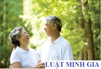 Chưa đủ tuổi thừa thâm niên đóng bảo hiểm được hưởng hưu trí gì