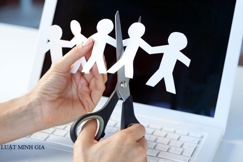 Hỏi tư vấn về bồi thường khi công ty chấm dứt hợp đồng lao động trước thời hạn
