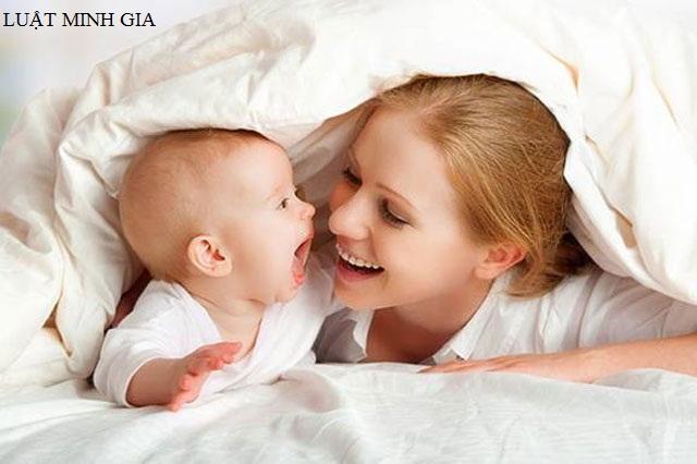 Thẩm quyền đăng ký khai sinh cho con