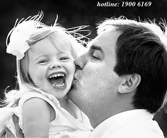 Con ốm cha nghỉ chăm sóc có được hưởng BHXH ?
