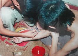 Giúp sức người khác sử dụng trái phép chất ma túy có phải tội phạm không?