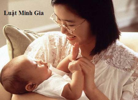 Tư vấn về hưởng chế độ thai sản và thất nghiệp khi nghỉ sinh con