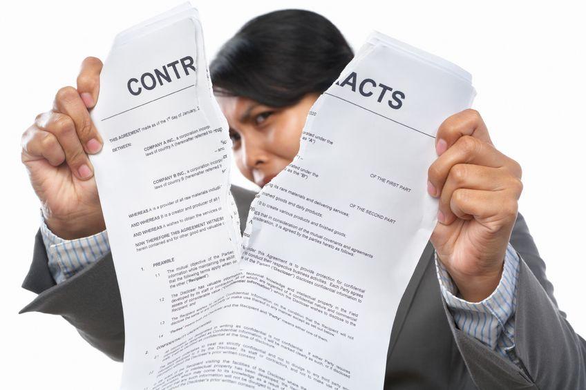 Trách nhiệm của người lao động khi đơn phương chấm dứt hợp đồng lao động trái pháp luật