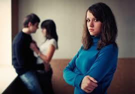Đơn phương ly hôn sau khi chung sống như vợ chồng với người khác