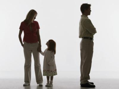 Mang thai trong thời kỳ hôn nhân sau khi ly hôn khai sinh thế nào?