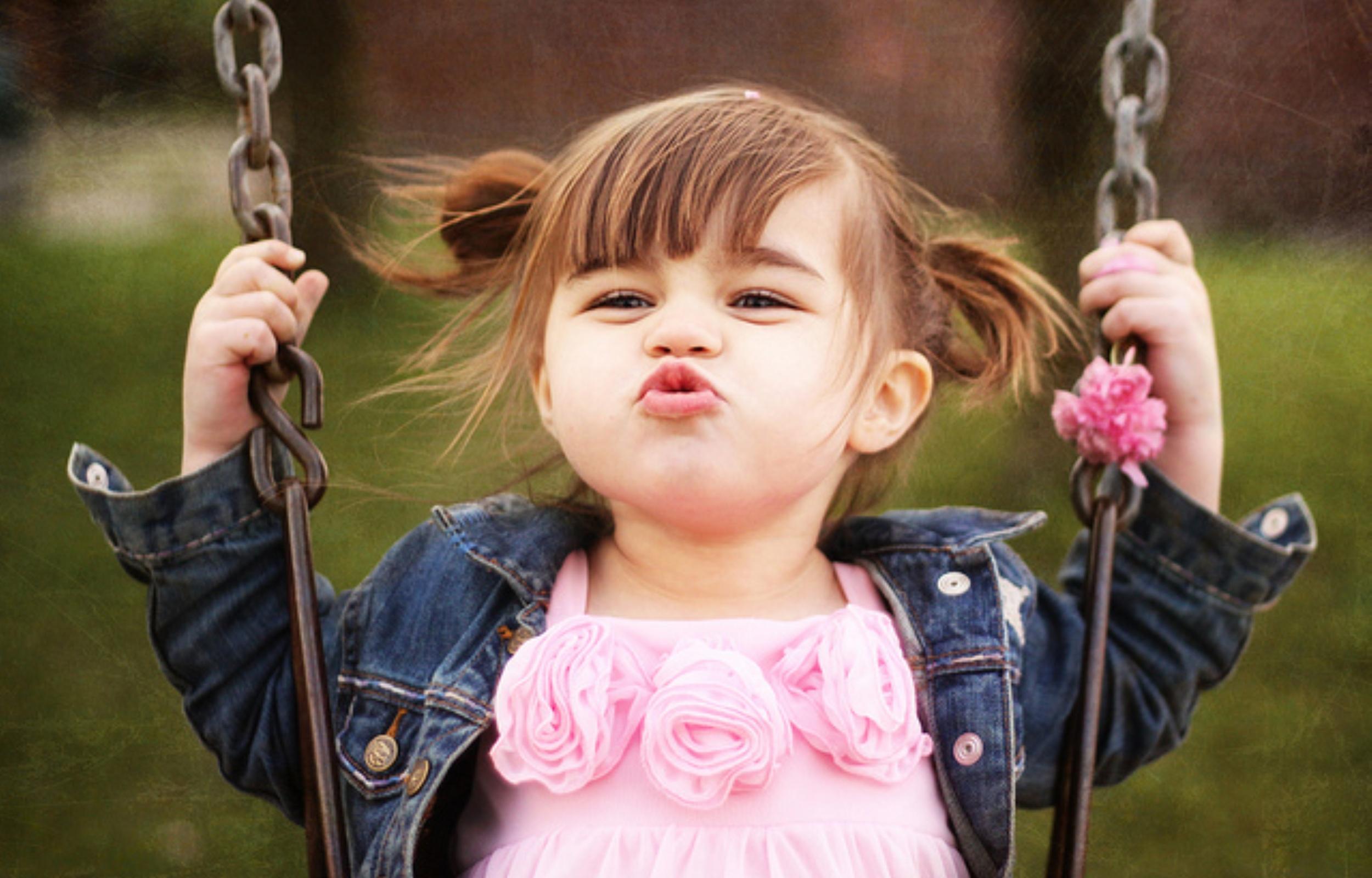 Yêu cầu cấp dưỡng cho con ngoài giá thú