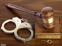 Mang dao bấm bên mình có vi phạm pháp luật?