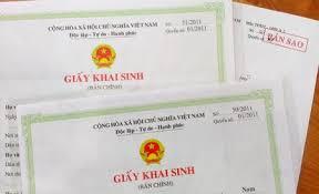 Chọn quốc tịch cho con để làm thủ tục đăng ký khai sinh mà có cha/mẹ là người nước ngoài.