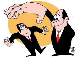 Làm gì khi công ty gây khó dễ buộc bồi thường hợp đồng?