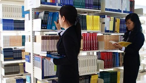 Truy  thu phụ cấp độc hại đối với nhân viên thư viện như thế nào?