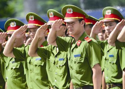 Trợ cấp và lương hưu đối với hạ sĩ quan từng phục vụ quân đội