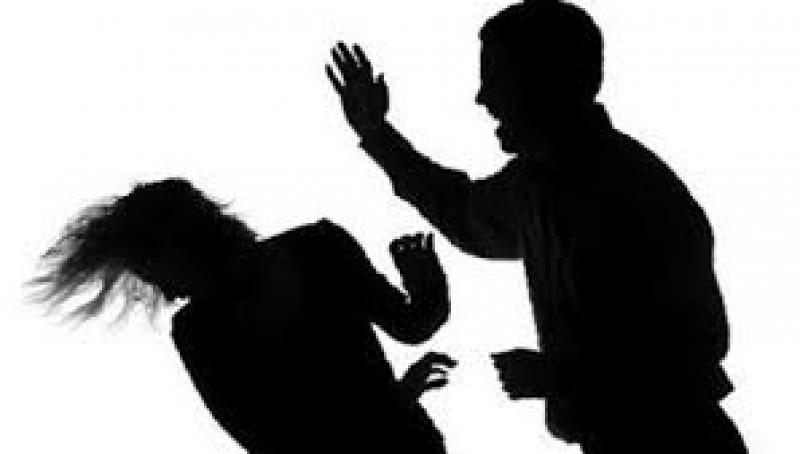 Tư vấn tìm người thân bị đánh đập có video đăng lên mạng