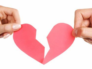 Có được kết hôn với người khác khi chưa chấm dứt quan hệ vợ  chồng không?