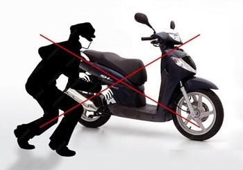 Mất xe máy, trên xe có giấy tờ và tiền mặt trị giá 25 triệu