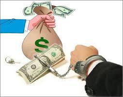 Vay tiền không chịu trả còn đe dọa uy hiếp tính mạng thì phạm tội gì?